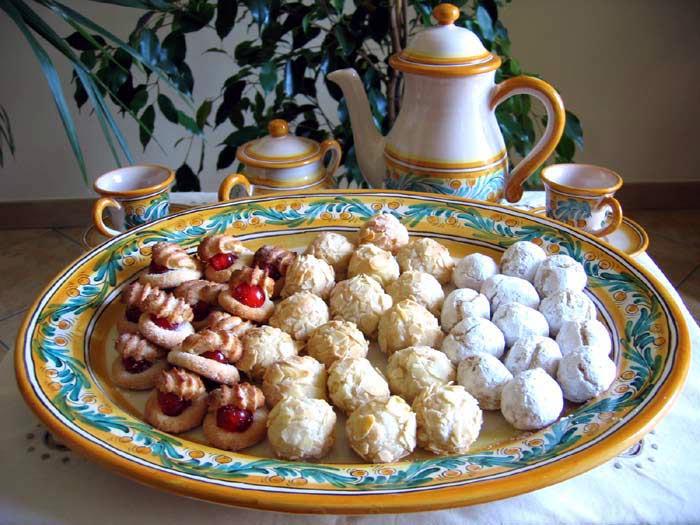 Santo Trio Italian Almond Cookies